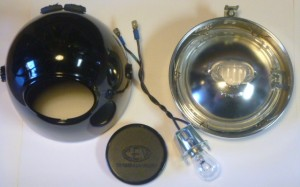 CEV bullet head light with a GE fixture for areplaceable bulb