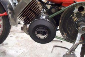 Batavus M48 with late Motobecane magneto cover