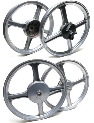 Piaggio 16 inch 4-star wheels